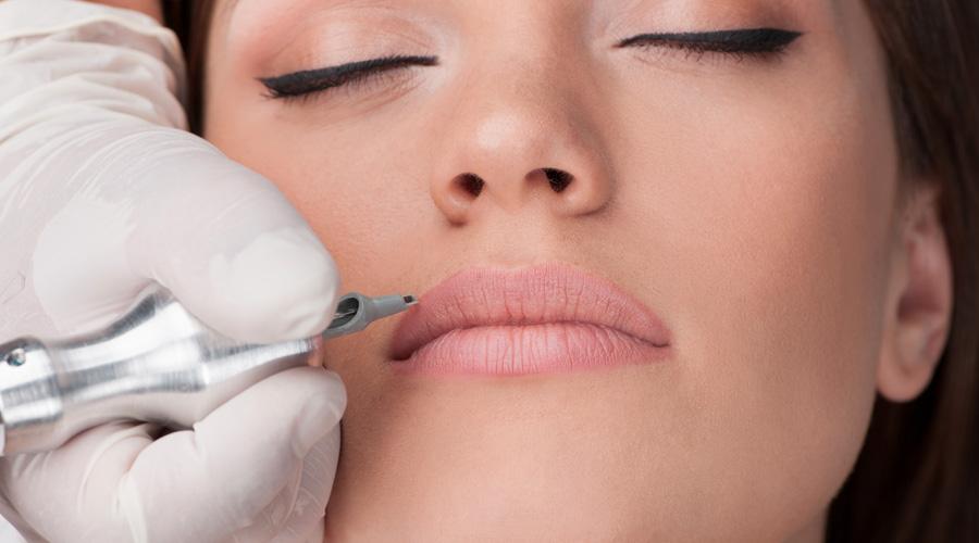 trucco permanente alle labbra